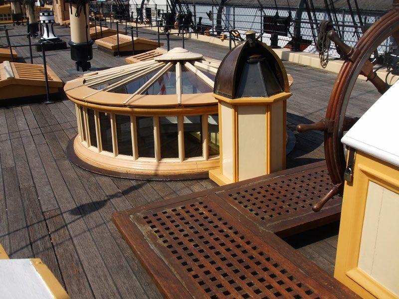 Main deck details